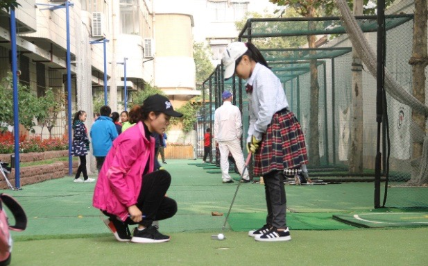 Golf made compulsory in Chinese schools