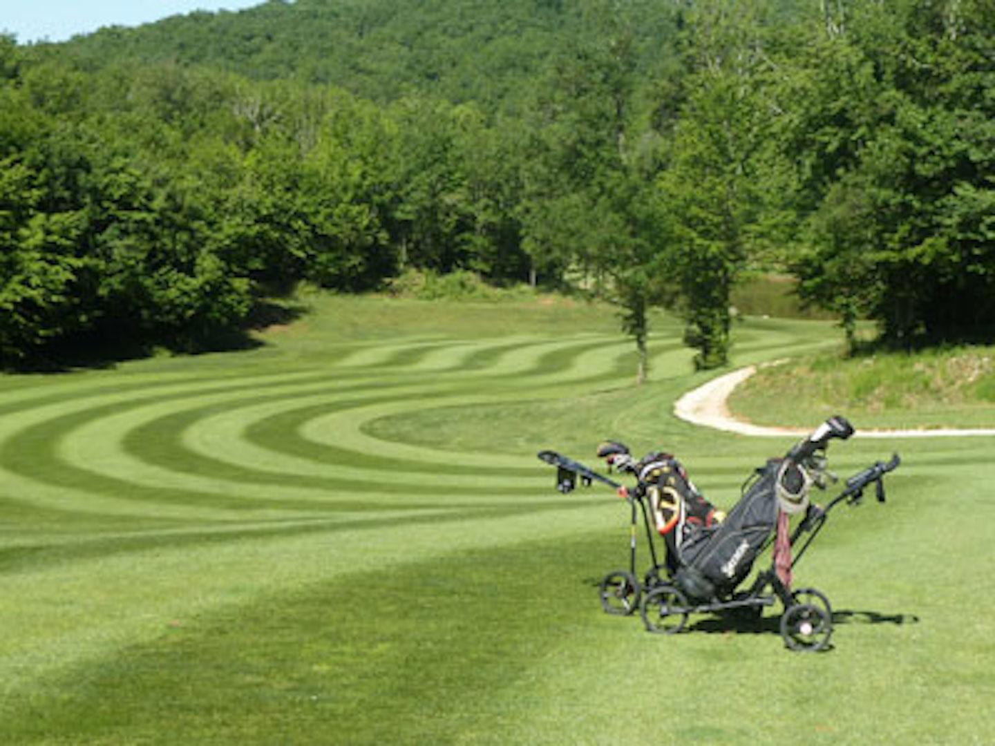 Take a golf break in the Dordogne