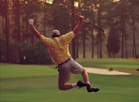Golfer brilliantly evades work to play 140 rounds of golf!