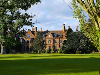 Try golf for free at Aldwark Manor