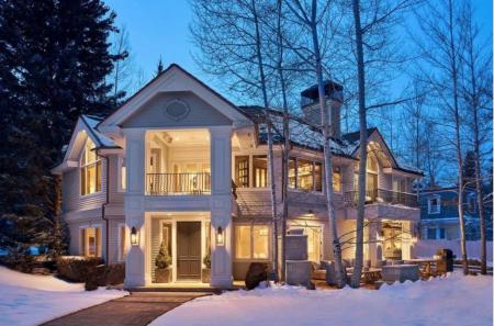 Justin Leonard puts his house up for sale