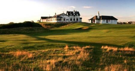 6th oldest Golf Club in the world finally admits women
