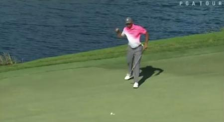 Fleetwood in contention as Tiger makes cut