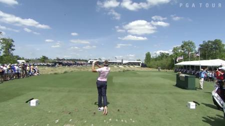 Ian Poulter shoots 7 under to share the lead