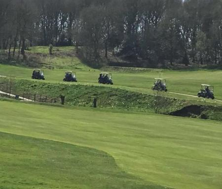 Golf nee-naahs called to golf brawl