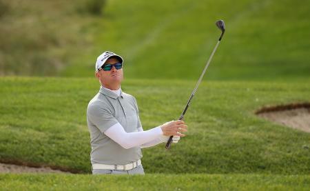 Simon Dyson signs with Cobra Puma golf