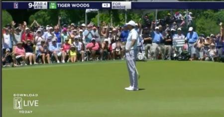Tiger Woods makes cut despite misfiring putter