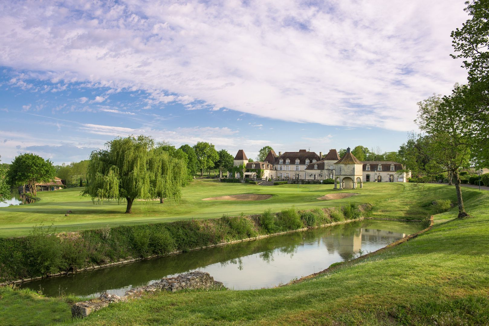 Chateau Des Vigiers Now Offers Dream Golf Homes Golfpunkhq
