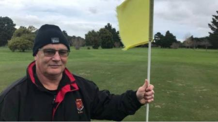 Wealthy New Zealand town's golf course goes under