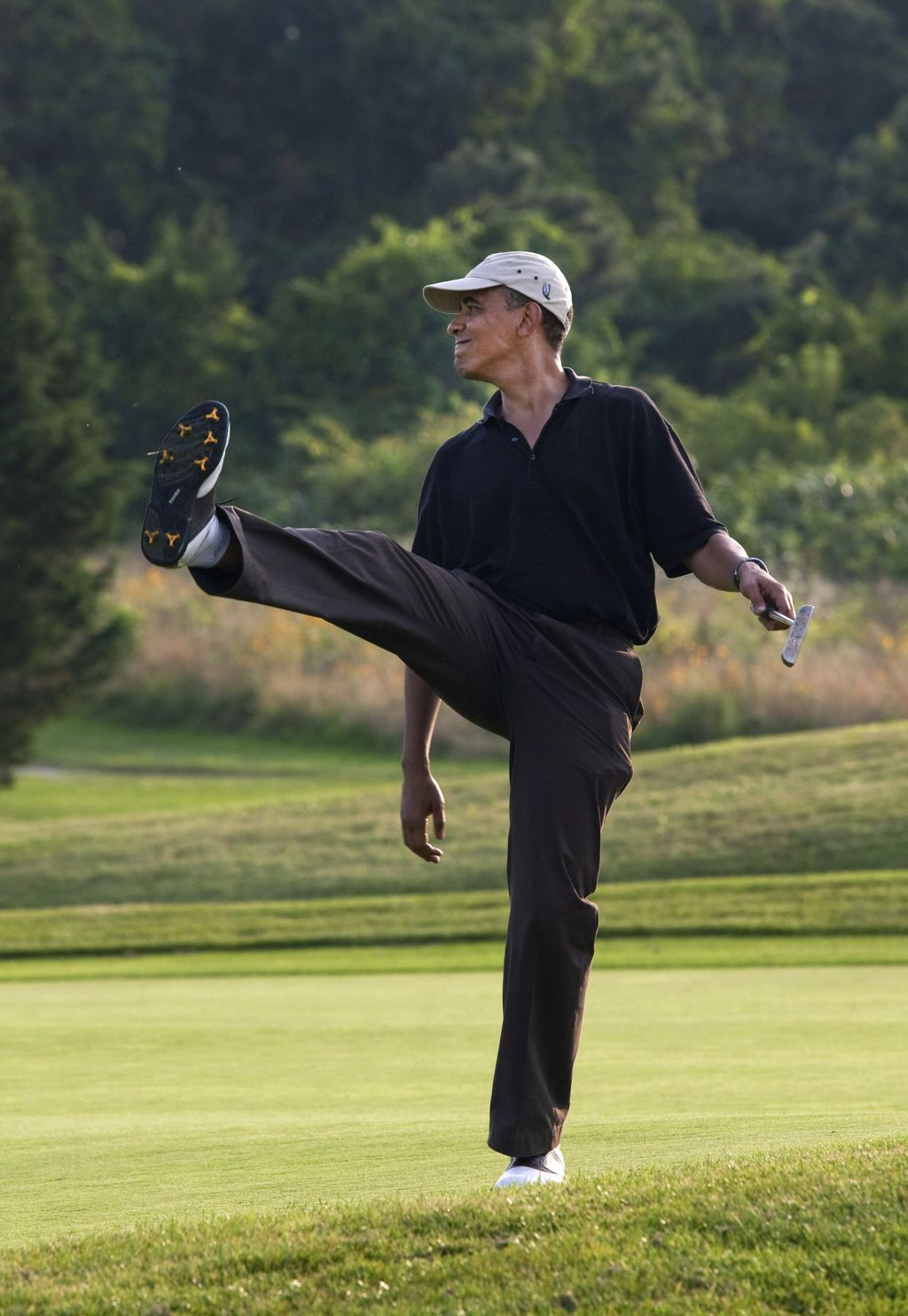Obama finally admitted to Jewish Golf Club