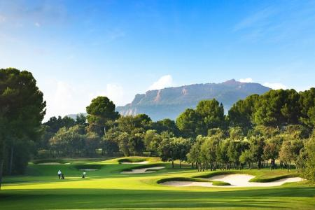 Real Club De Golf El Prat uses historic past