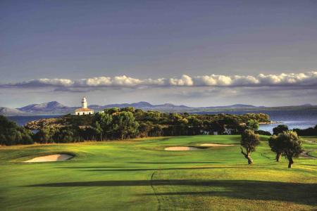 Club De Golf Alcanada makes it eight in a row