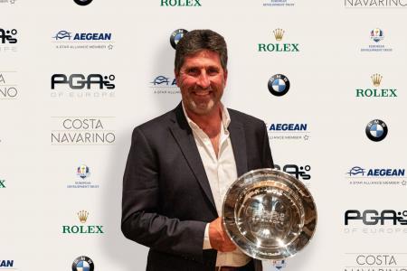 Olazábal Honoured by PGAs of Europe