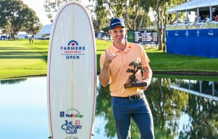 Justin Rose holds off Adam Scott to win at Torrey Pines