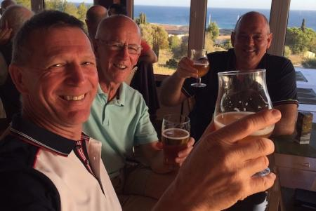 How to speed up play on the golf course - free beer