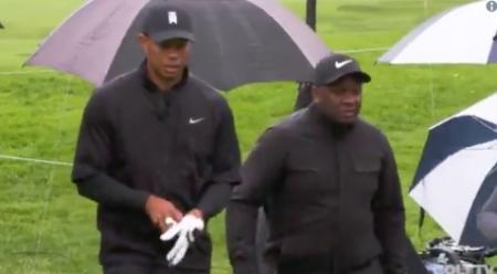 How to play golf in the rain by Tiger Woods