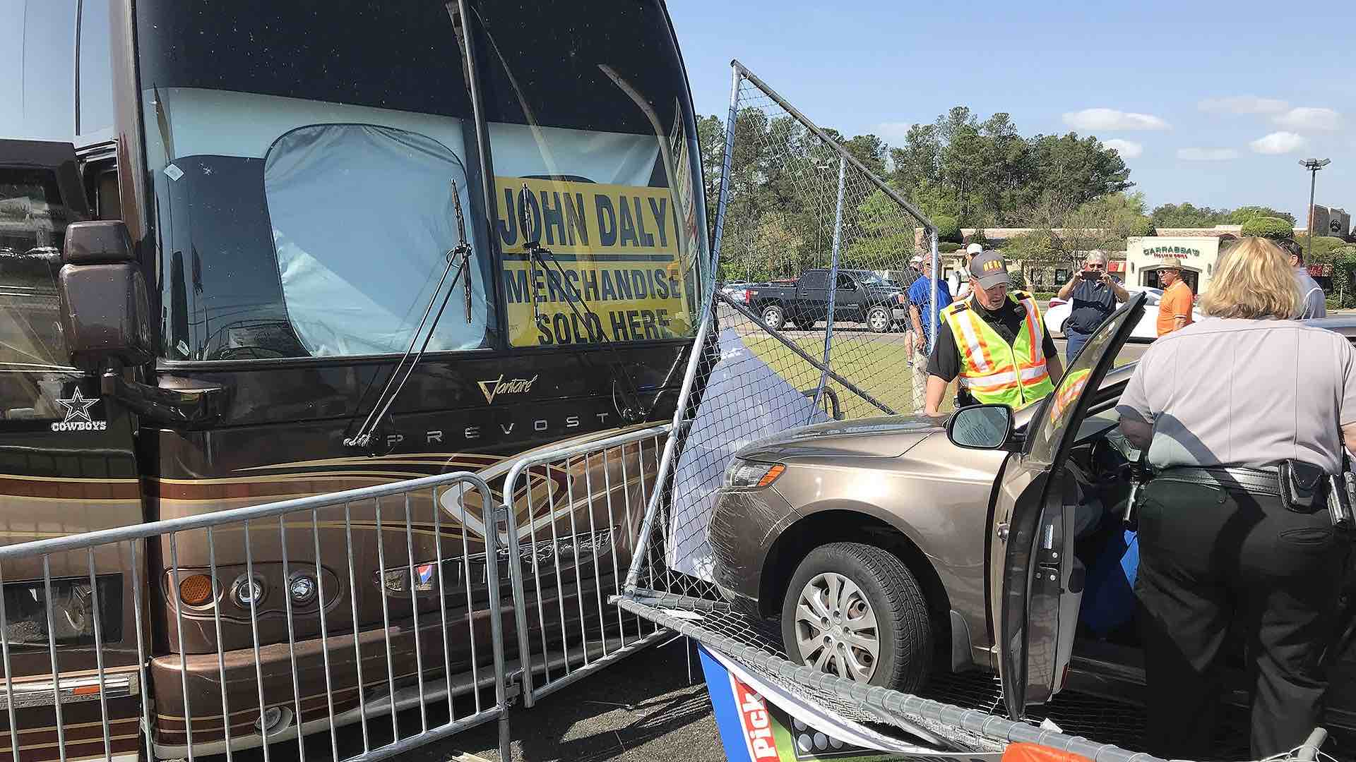 John Daly signs lady's bottom in Hooters' parking lot at Augusta