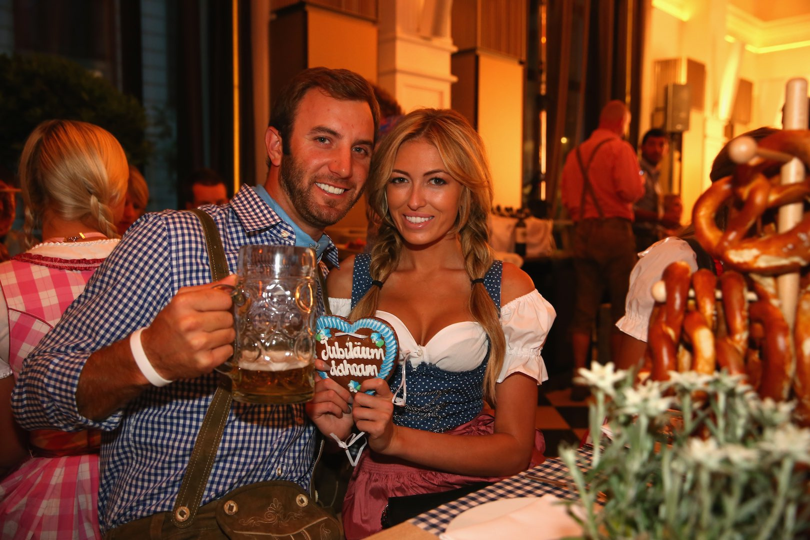Paulina Gretzky melts the internet again