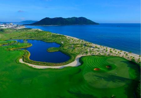 Blue Bay Golf Club Lingshui Hainan