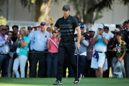 McIlroy out of traps fast in Mexico