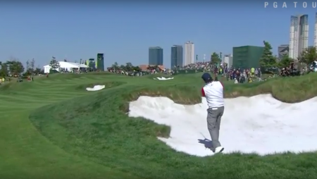 Phil Mickelson Loves A Bunker