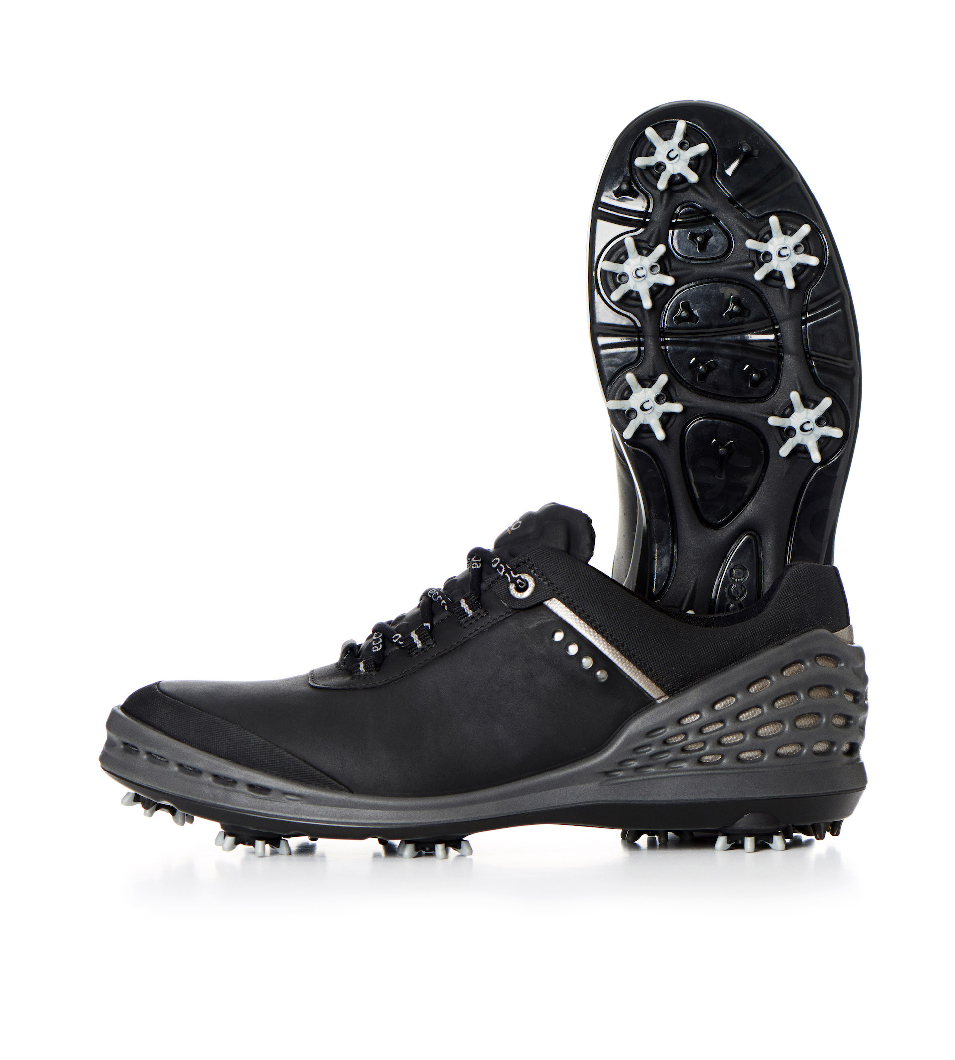 6 Of The Best Winter Golf Shoes