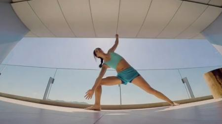 Michelle Wie's Mad Yoga Session